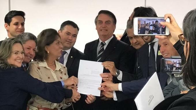 Resultado de imagem para jair bolsonaro decreto sal RN
