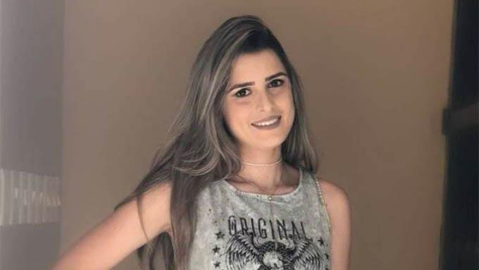 Imagem 1 - Renata Ranyelle sofreu um tiro no rosto quando trabalhava na Loja Noauge, sábado passado, no Centro da cidade de São Miguel; Policia procura o ex-namorado dela